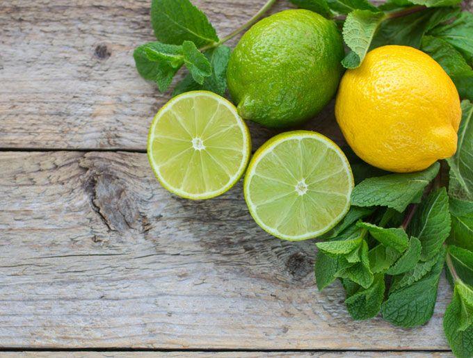 Ingredientes para el Agua de limón para bajar de peso