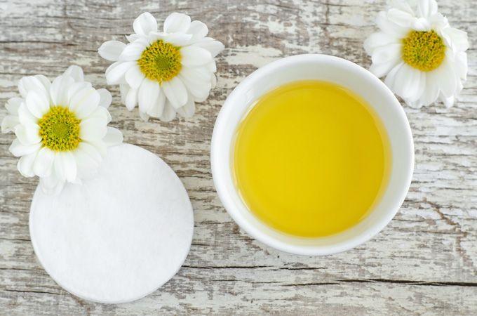 Mascarilla de manzanilla, miel y rosas